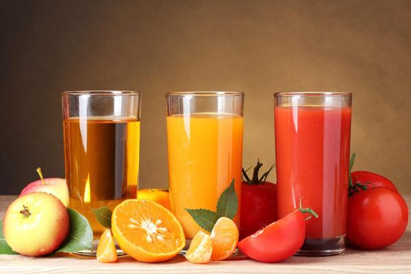 Напитки и фрукты